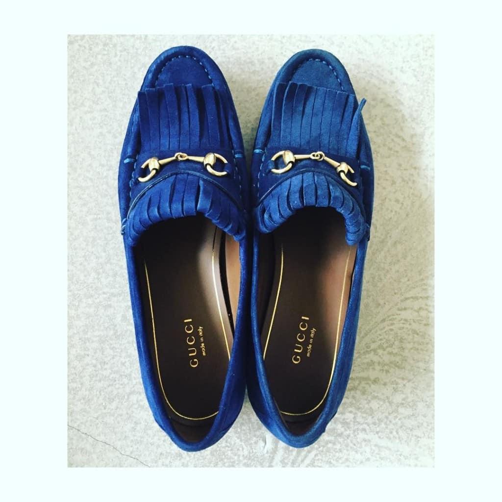 Gucki-Lkie Schuhe soll man feiern, wie sie fallen... Oder so ähnlich! Das lag wohl an den frühlingshaften Temperaturen, gestern im @ingolstadtvillage . Aber sind die nicht wuuuuuunderschön?! #shoefie #ingolstadtvillage #thesecretofshoes #wertheimvillage #shoeloveistruelove #shoelove #gucci #inLove #annawolfers_de #blog #blogger_de #fashion #fashionblogger #fashionblogger_de #hamburg #germanblogger #welovehh