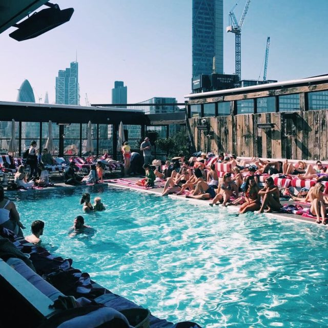 bringmeback ! Last sunday in sunny London sohohouse shoreditchhouse throwbackthursdayhellip