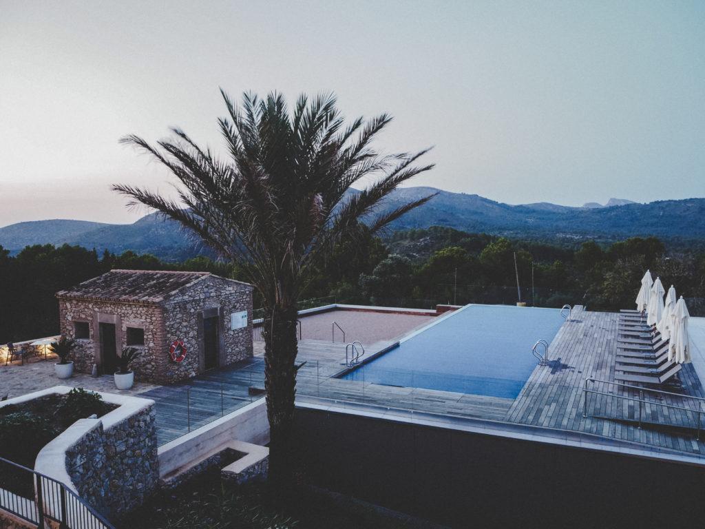 Blick von der Terrasse des Carrossa Hotels