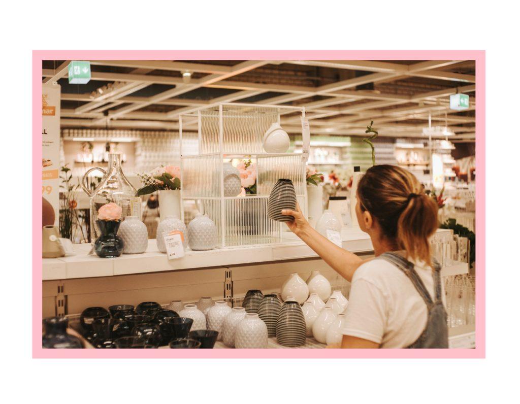 Ikea Sammanhang Vitrine aus Glas